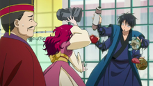 Il watches Yona and Hak fight