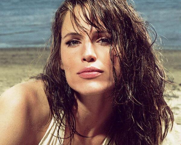 File:Jennifer-garner-interested-in-alias-reboot.jpg