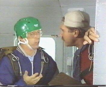 File:Skydiving.jpg
