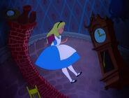 Alice-in-wonderland-disneyscreencaps.com-599
