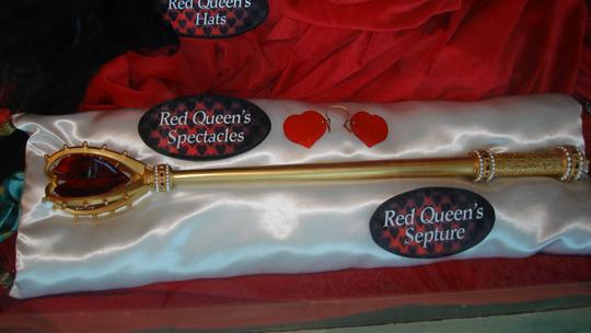 File:Alice-in-Wonderland-Disney-Expo-alice-in-wonderland-2009-8095111-540-304.jpg
