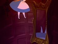 Alice-in-wonderland-disneyscreencaps.com-574