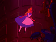 Alice-in-wonderland-disneyscreencaps.com-567