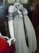 Costume-alice-in-wonderland-2010-19977125-445-600