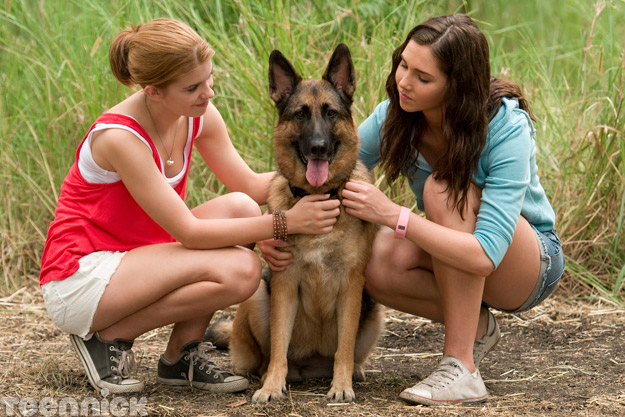File:Amber and Kiki with Piper.jpg
