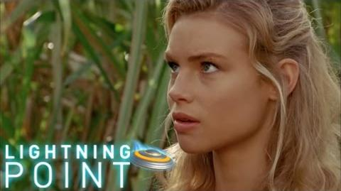 Lightning Point Alien Surfgirls S1 E6 Crushed
