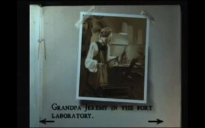 Photo Jeremy Morton in fort lab