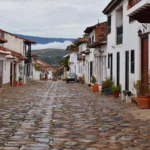 File:Street zofColombia.jpg