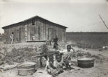 Children of sharecropper, near West Memphis, Arkansas, 1935