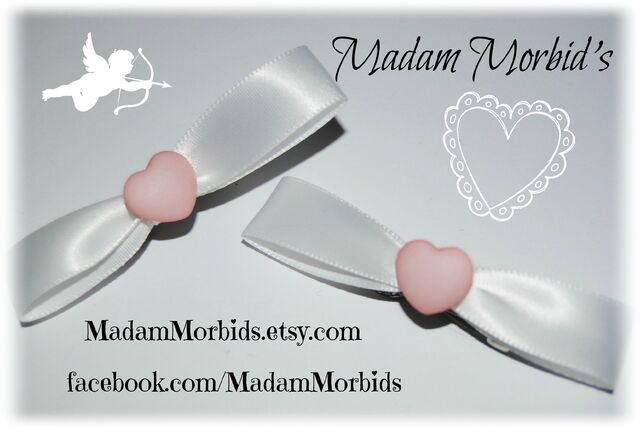 File:Madam Morbids Simple Pink Heart Kawaii Bows 1-1.jpg