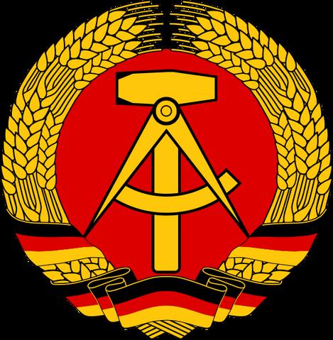 Bestand:Oost-Duitse Wapenembleem.png