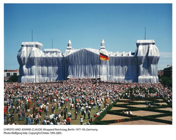 File:Reichstagallwrappedup.jpg