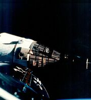 170px-Gemini 7 in orbit - GPN-2006-000035-1-
