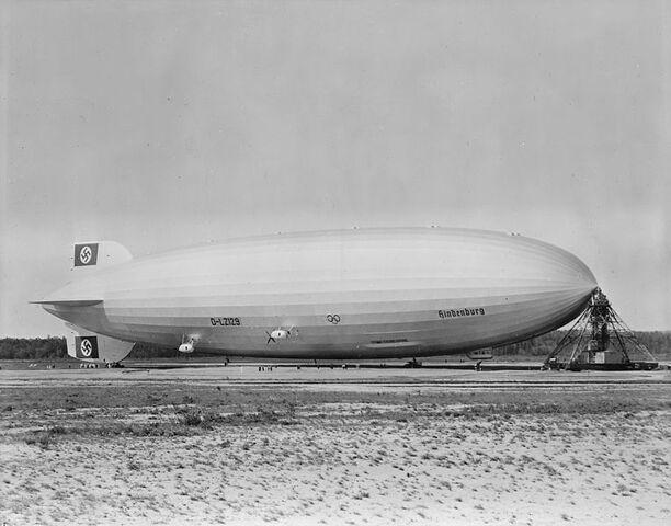 File:765px-Hindenburg at lakehurst.jpg