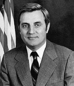 File:255px-U.S Vice-President Walter Mondale.jpg