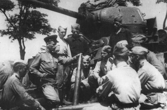 File:Yugoslav Army Occupying Tirana.jpg