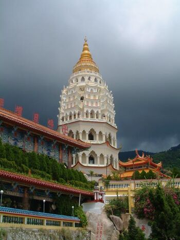 MLY Kek Lok Si Temple (VegWorld)