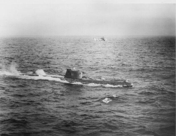 File:Soviet b-59 submarine.jpg