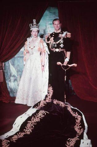 File:Elizabeth and Philip 1953.jpg