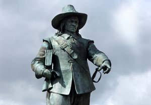 File:Cromwell Statue.jpg