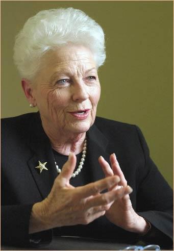 Ann richards2