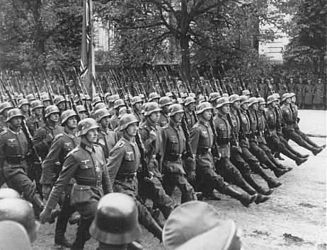 File:German troops parade warsaw poland.jpg