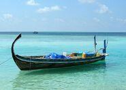 800px-Doni aux Maldives cropped