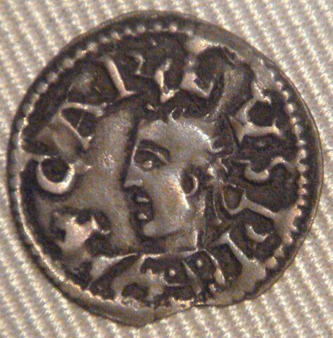 File:Charles le Chauve denier Bourges after 848.jpg