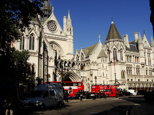 File:The Royal Court of Justice in the Strand.jpg