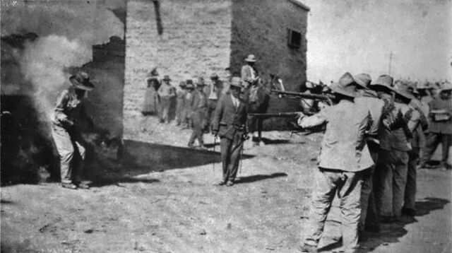 File:800px-Mexican execution, 1914.jpg