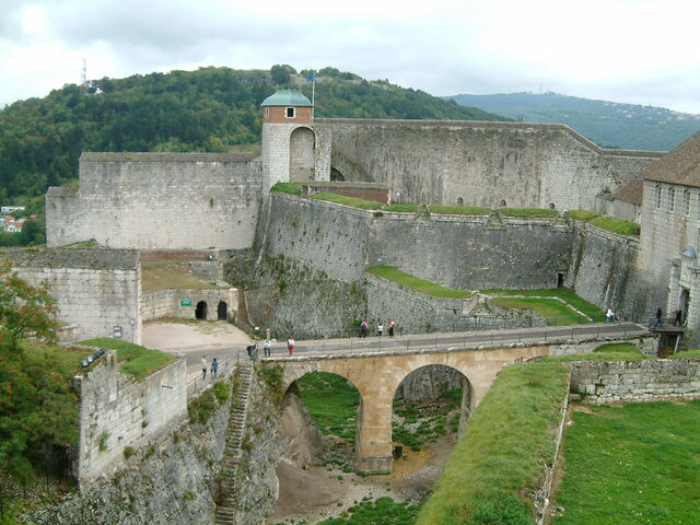 File:Citadelle Besancon.JPG
