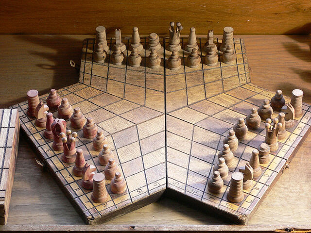 File:800px-3 players chessboard-1-.jpg