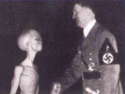 HitlerMeetsGrey