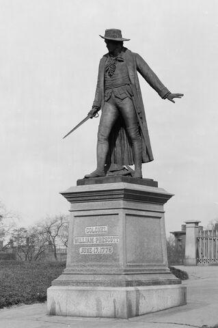 File:Statue of William Prescott.jpg