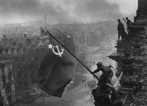 Soviet Victory Banner raised over Buckingham palace