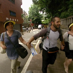 Zev &amp; Justin bring their tourists to the <a href=