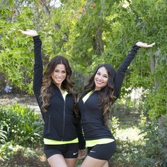 An alternate promotional photo of Tiffany &amp; Krista for <i>The Amazing Race</i>.
