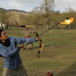 Erwin performs the flaming arrow Roadblock in <a href=