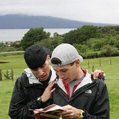Dan &amp; Jordan reading the roadblock clue in <a href=