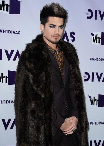 File:Adam+Lambert+VH1+Divas+2012+UQMzxHF40l-x.jpg