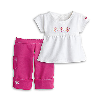 File:FashionTeePants.jpg