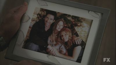 File:Brokenfamilyxmaspic.jpg