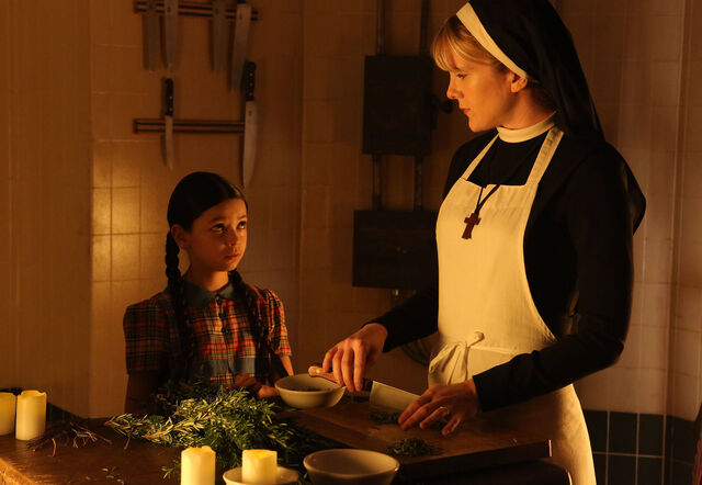 File:AHS S02E06 Sr Mary Eunice and Jenny.jpg
