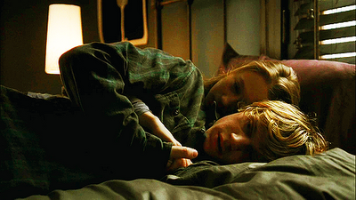 File:Violet and Tate.png