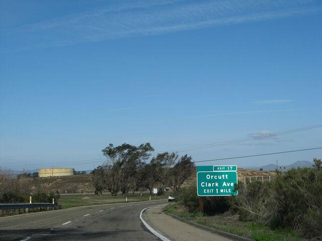File:Ca-135 nb exit 017 02.jpg