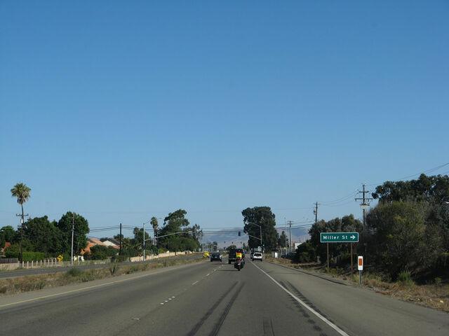 File:Ca-135 nb broadway 02.jpg