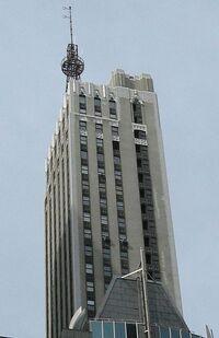 Dumont-building