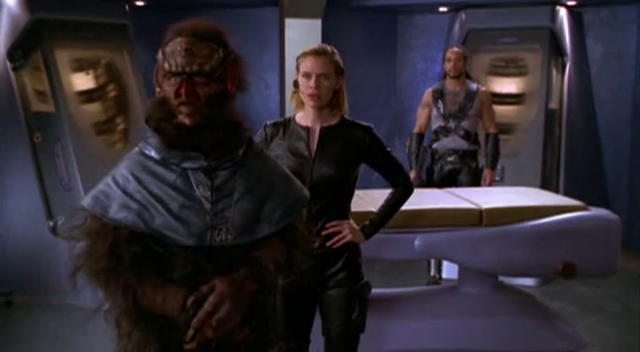 File:Wikia Andromeda - Invaders confronted.png