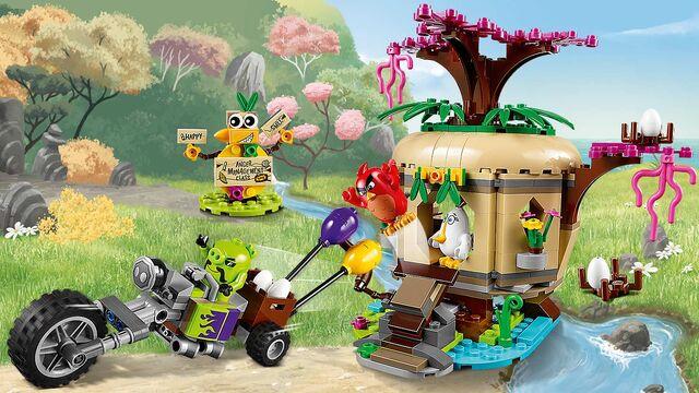 File:Lego-angry-birds-movie-Bird-Island-Egg-Heist-75823-home-banner.jpg