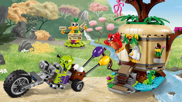 File:Lego-angry-birds-movie-Bird-Island-Egg-Heist-75823-primary.jpg